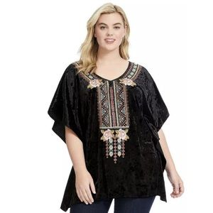 Andree by Unit Velvet Embroidered Tunic Top 1X